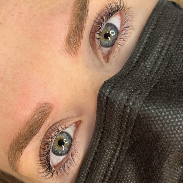 Lash_lift_and_tint_with_combo_brows